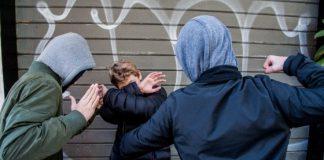 """Bullismo in una scuola di Torino: """"Gli hanno rotto il sondino dell'insulina"""""""
