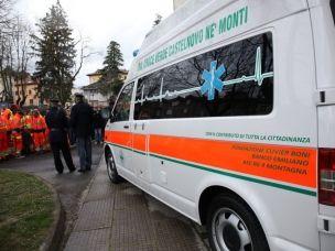 Precipitano dal settimo piano di un palazzo a Milano: morti una 19enne e un ventenne