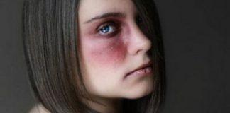 Violentata una 15enne adescata in chat: in manette un 44enne