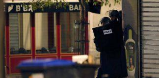 Blitz antiterrorismo a Parigi: cinque arresti