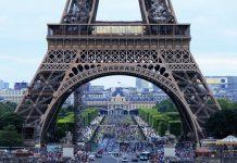 Strage a Parigi: funzionario disabile uccide 4 persone