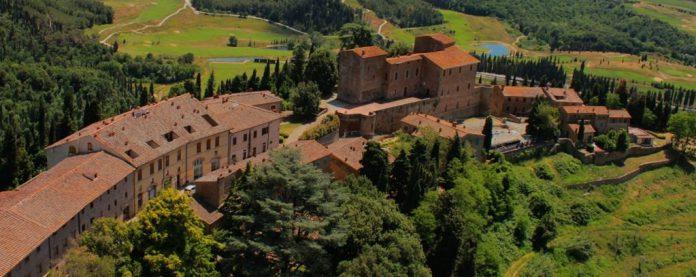 80 assunzioni nel borgo di Castelfalfi in Toscana