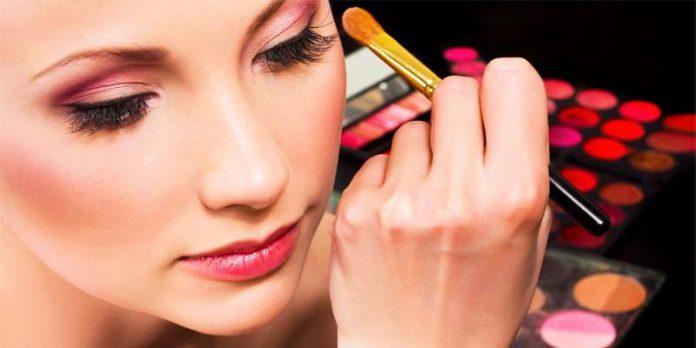 La sconcertante verità su tinte per capelli e cosmetici