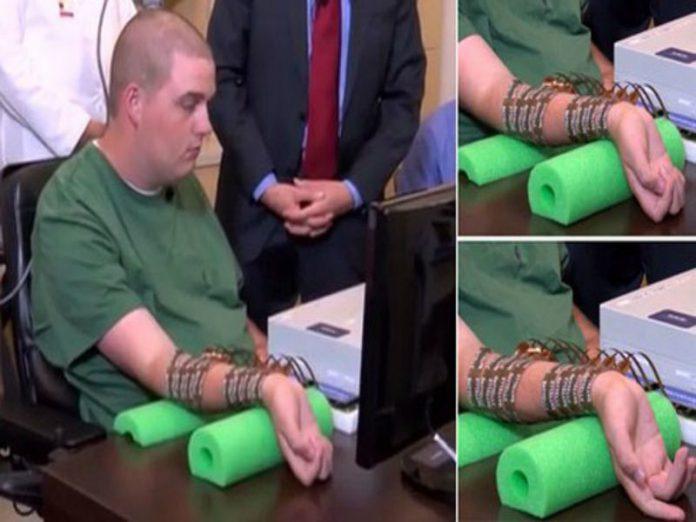 Arriva Neurobridge: il chip per muovere arti paralizzati