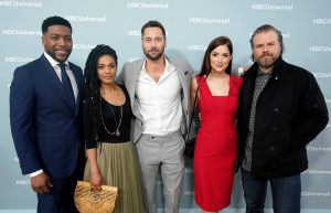 Alcuni degli attori protagonisti di New Amsterdam: da sinistra Jocko Sims, Freema Agyeman, Ryan Eggold, Janet Montgomery e Tyler Labine