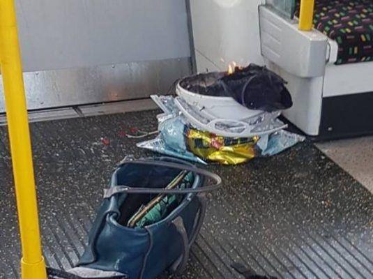 Londra sotto attacco - esplosione in metro