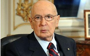 Napolitano ufficializza le proprie dimissioni.