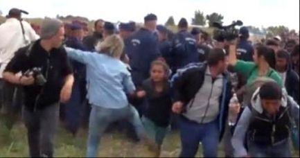 Ungheria: Video della giornalista Petra Lazlo fa cadere migrante con bambina volutamente