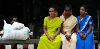 India: bambina di 8 anni stuprata e impiccata da tre uomini