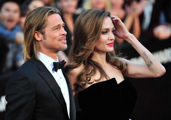 Angelina Jolie e Brad Pitt finalmente convolano a nozze