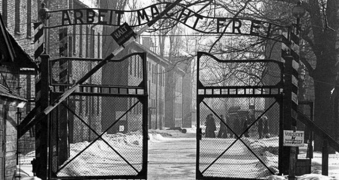 Approvata al Senato polacco una legge che vieta chiunque attribuisca responsabilità nell'Olocausto