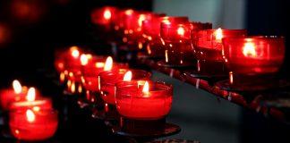 Mussulmano terrorizza fedeli alla messa di Natale