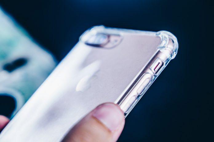 Smartphone: Come proteggere il vetro dello schermo