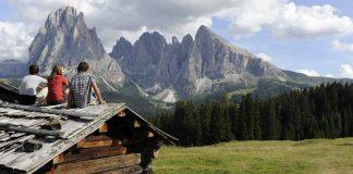 Tra leggende e magia sulle vette delle Dolomiti