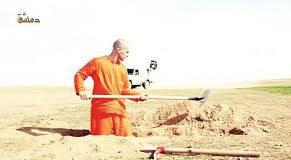 Isis video integrale prigioniero scava fossa