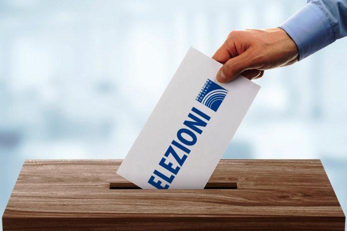 I grillini presentano la loro nuova legge elettorale