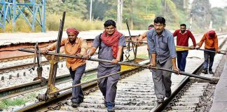 India: 25 milioni per 90mila posti