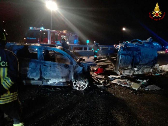 Sondrio: auto contromano sulla statale