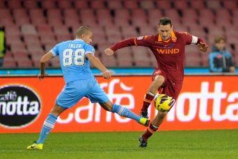 Serie A: la ventinovesima giornata si apre con Roma-Napoli