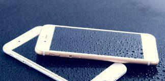 Troppi morti per l'Iphone sotto carica caduto in vasca