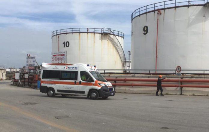 Livorno; esplosione al porto