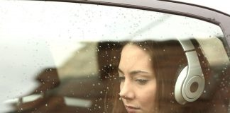 Mal d'auto: cause e rimedi