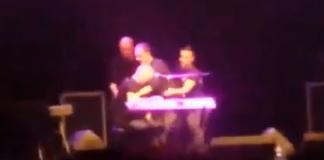 Mango: stroncato da un infarto durante il concerto di Policoro - VIDEO
