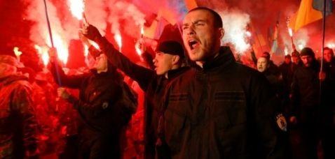 Neonazisti a Varese per festeggiare il compleanno di Hitler