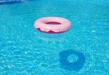 Malore in piscina