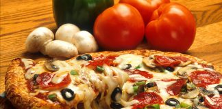 La catena di fast food Subway ha inventato un panino pizza e preso in giro l'Italia