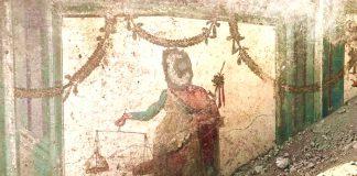 Pompei: riemerge un affresco di Priapo
