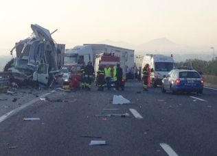 Terribile incidente sull'A1
