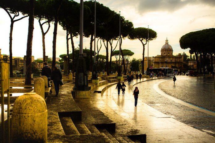 Roma: allagamenti e disagi causa nubifragio