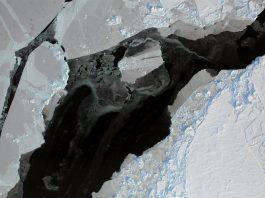 Fratturazioni nel ghiaccio dell'Artico