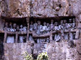 Monumento funebre Toraja