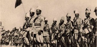 Reparto di ascari eritrei durante la guerra d'Etiopia